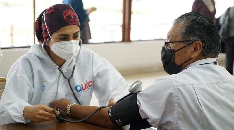Cerca de 77 mil quiteños vacunados por las brigadas municipales desde marzo