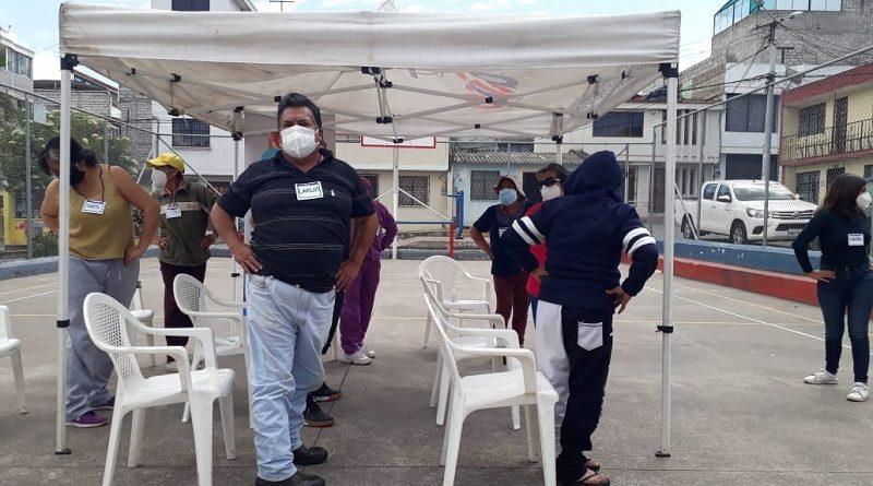 Se cuida salud mental de moradores de Calderón