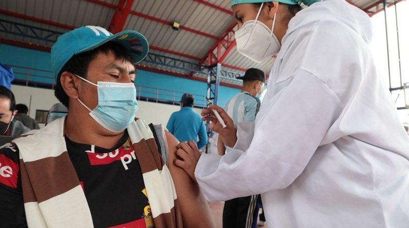 Este jueves serán vacunados comerciantes de San Martín, Montúfar y sus alrededores