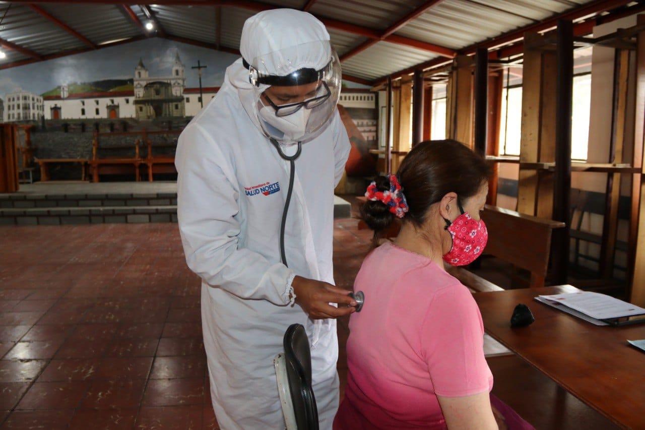 Triaje y pruebas de diagnóstico por COVID-19 en brigadas municipales