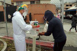 Brigadas municipales prestan atención médica gratuita para triaje y pruebas COVID-19